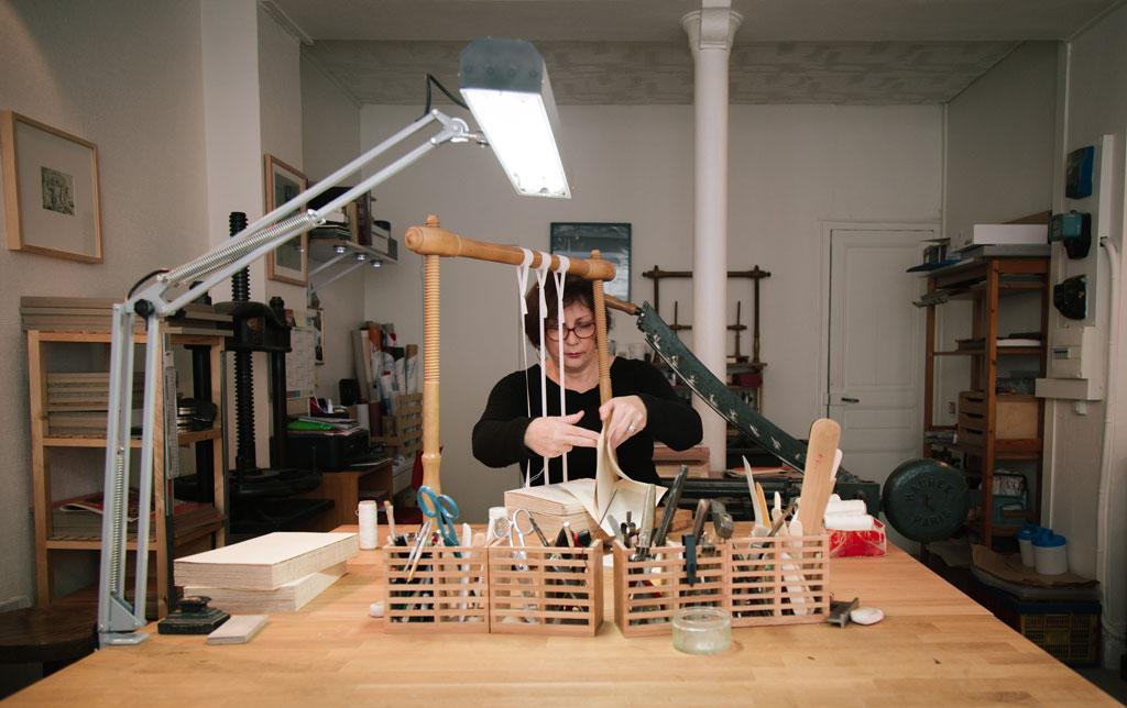 reliure artisanale -atelier-muriel-morlent